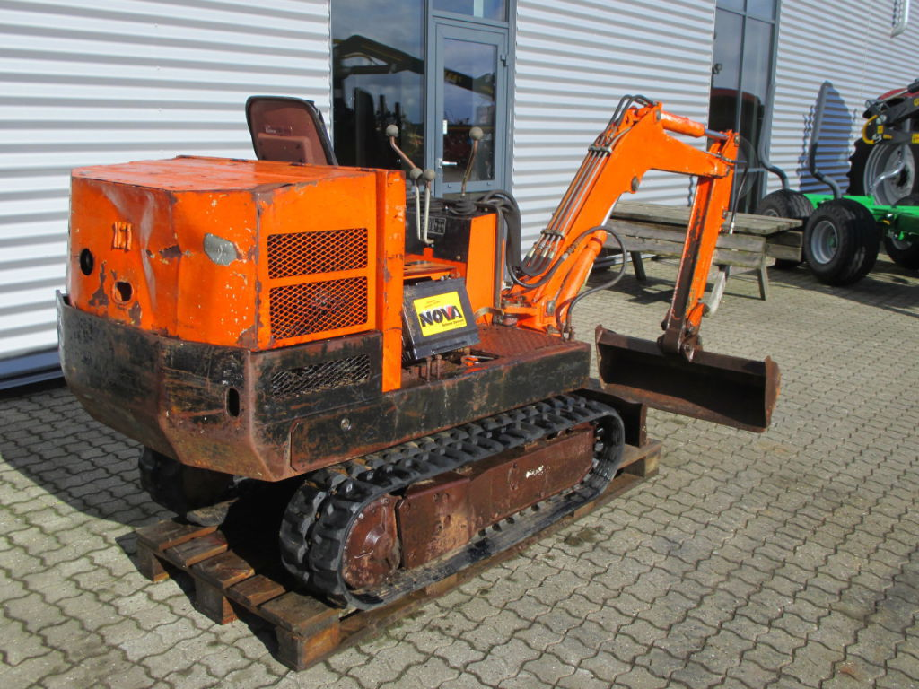 pel job mini digger manual